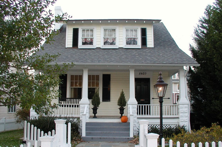 American bungalow style houses facts and history guide - What is a bungalow style home ...